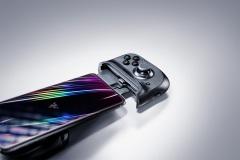Razer-Kishi-for-iPhone-1